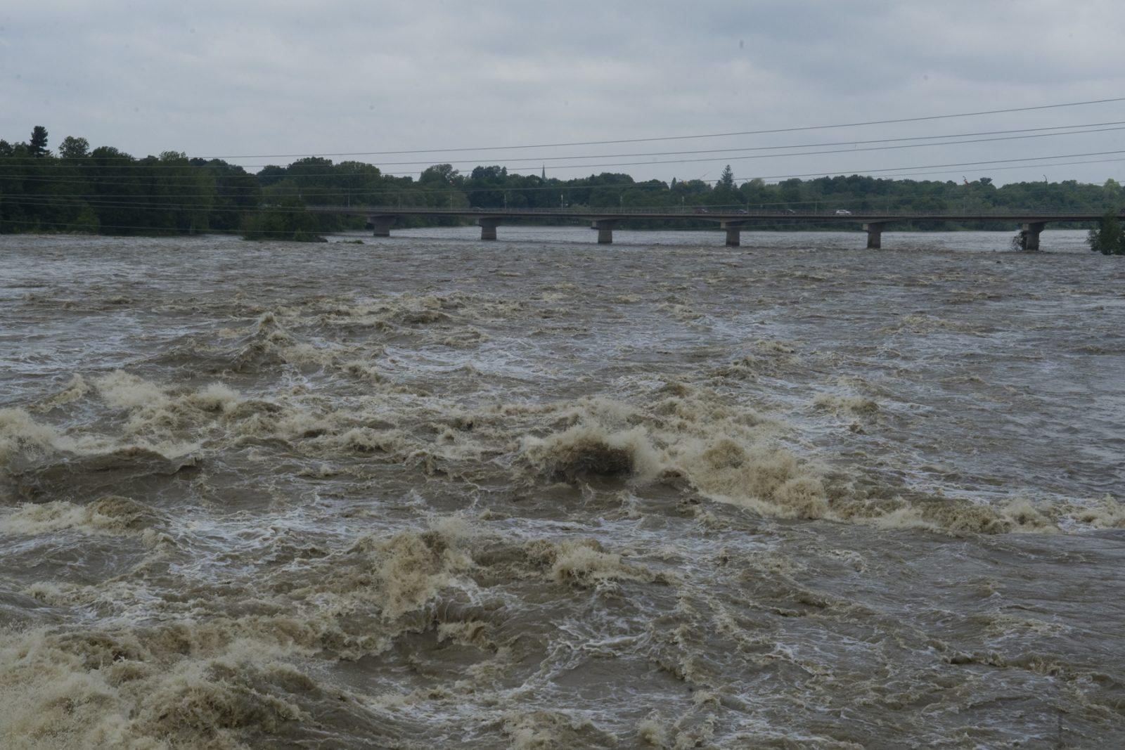 La rivière Saint-François sous surveillance continue