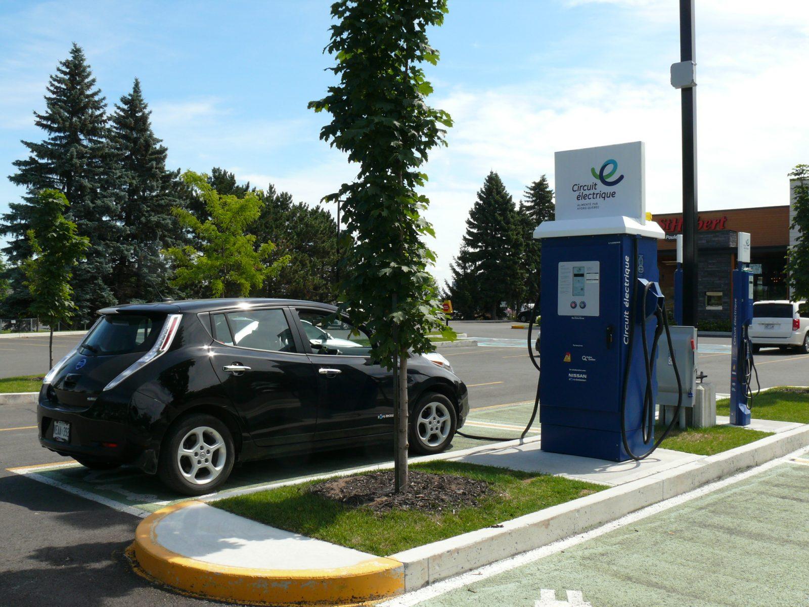 Les garanties des véhicules électriques doivent être plus précises, selon le CAA
