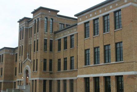 Pannes d'électricité : les écoles de la Commission scolaire des Chênes ouvertes lundi