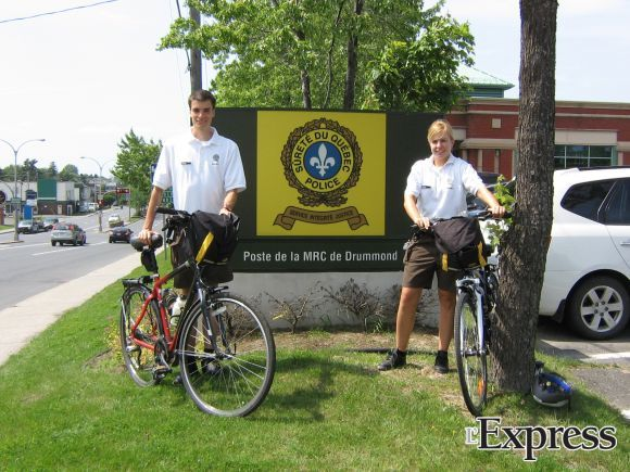 Deux cadets portent renfort à la SQ