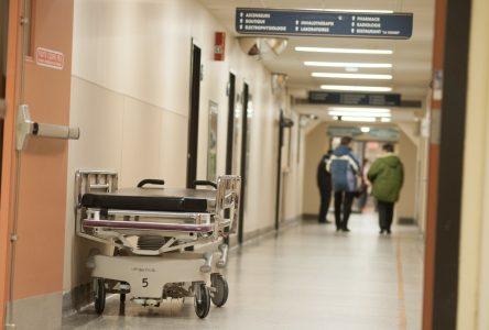 Le sommet de la pandémie attendu autour du 18 avril au Québec