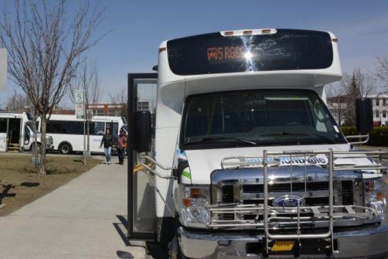Transport en commun: la Ville assure qu'elle demeure proactive