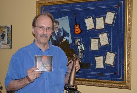 Georges Hamel livre des messages d'espoir avec son 43e album