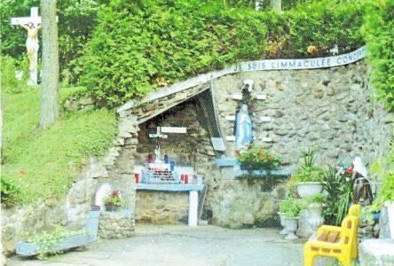 Toujours couru, le pèlerinage à la grotte Notre Dame de Lourdes