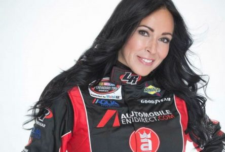 Isabelle Tremblay en piste à l'Autodrome Drummond