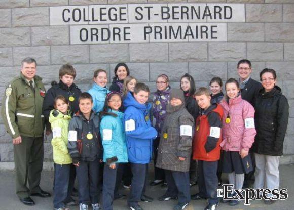 Les Gardiens de la paix veillent sur les élèves du primaire