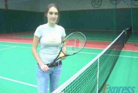 Marie-Christine Salvas s'associe au Tournoi provincial de tennis intérieur féminin 35 ans et plus