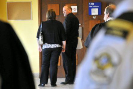 Un policier accusé de menaces de mort envers des collègues