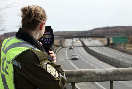 24 constats d'infraction distribués par la Sûreté du Québec