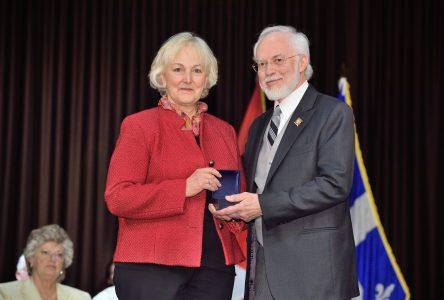 Berthe Tessier honorée par le Lieutenant-gouverneur