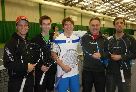 Tennis : des résultats impressionnants pour Hamel et Desrosiers