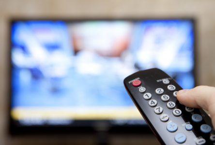 L'AREQ demande aux hôpitaux d'offrir la télé gratuitement aux personnes aînées