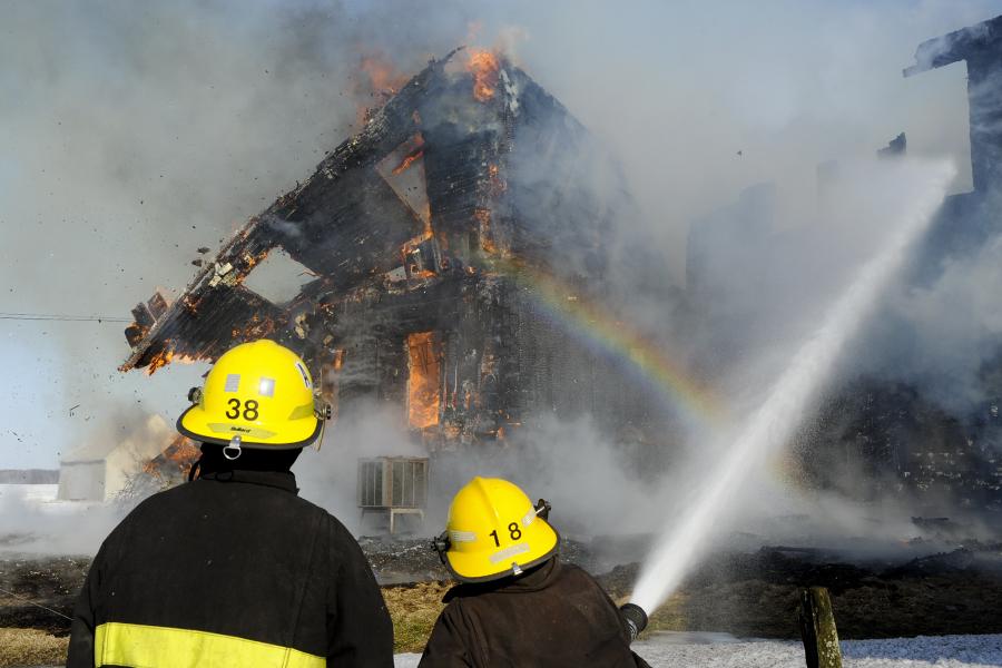 Incendie à Saint-Pie-de-Guire : une famille à la rue