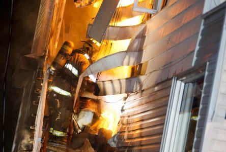 Incendie d'origine suspecte sur la rue Saint-Damase