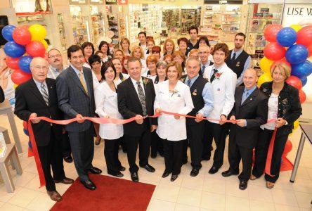 La pharmacie Jean Coutu de la rue Saint-Jean maintenant ouverte