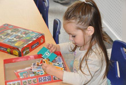 Des intervenante en petite enfance décrient le déploiement de la maternelle 4 ans