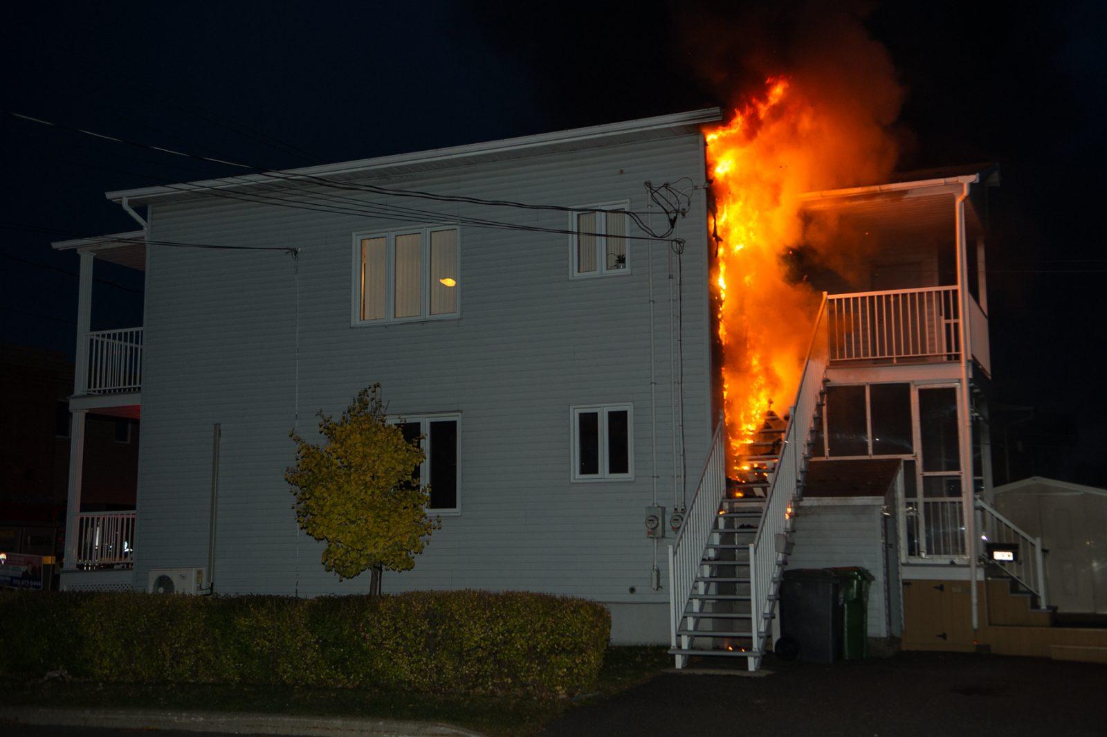 Incendie sur la rue Saint-Alphonse