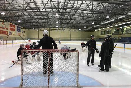 La COVID-19 fait des dégâts dans le hockey mineur drummondvillois