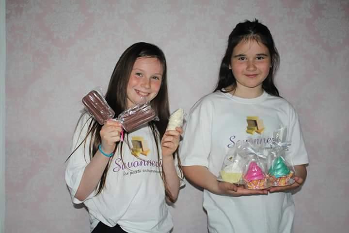 Deux jeunes entrepreneures de 10 ans créent une compagnie de savons