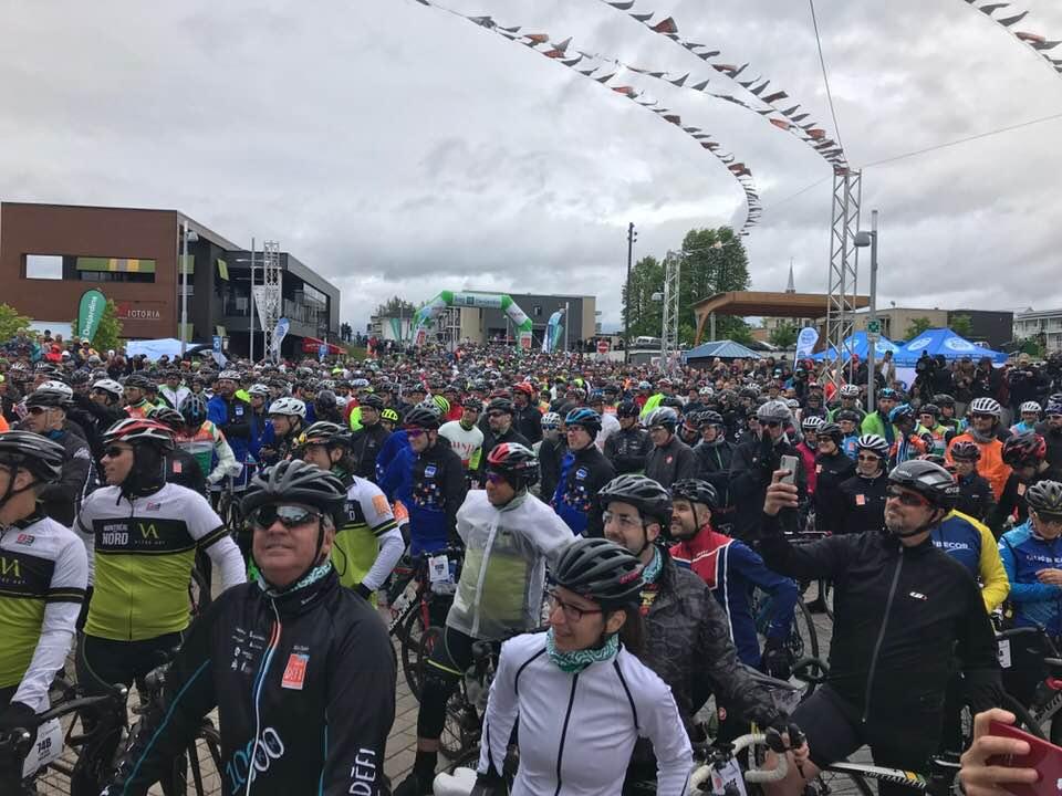 Grand défi Pierre Lavoie: Sébastien Schneeberger parmi les cyclistes