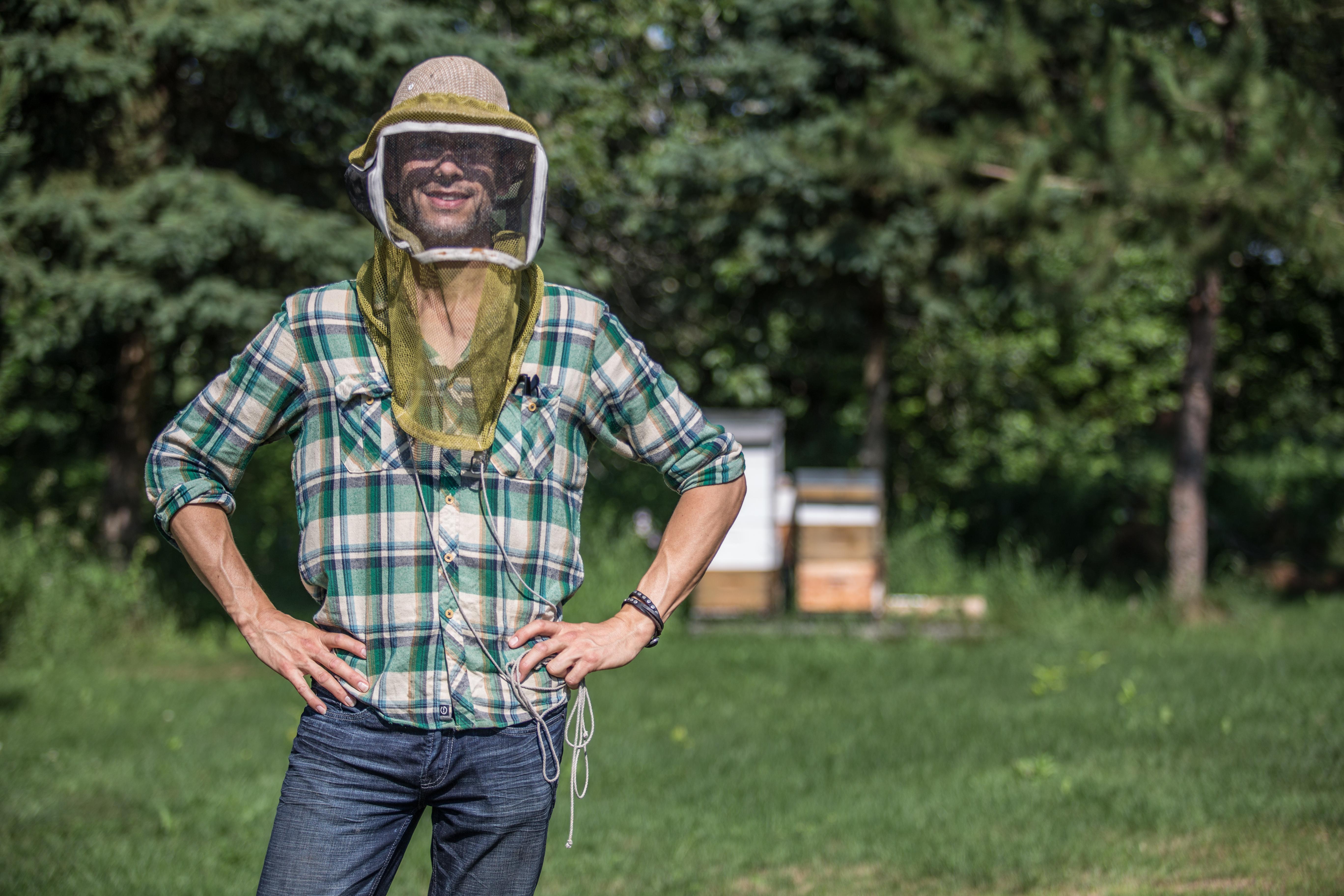 «Ce n'est pas un bon temps pour être une abeille» – Davy Gallant