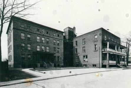 À la découverte de l'ancien hôpital Sainte-Croix