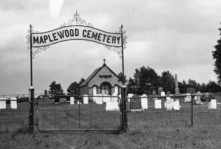 Le cimetière Maplewood, une pierre d'assise de notre MRC
