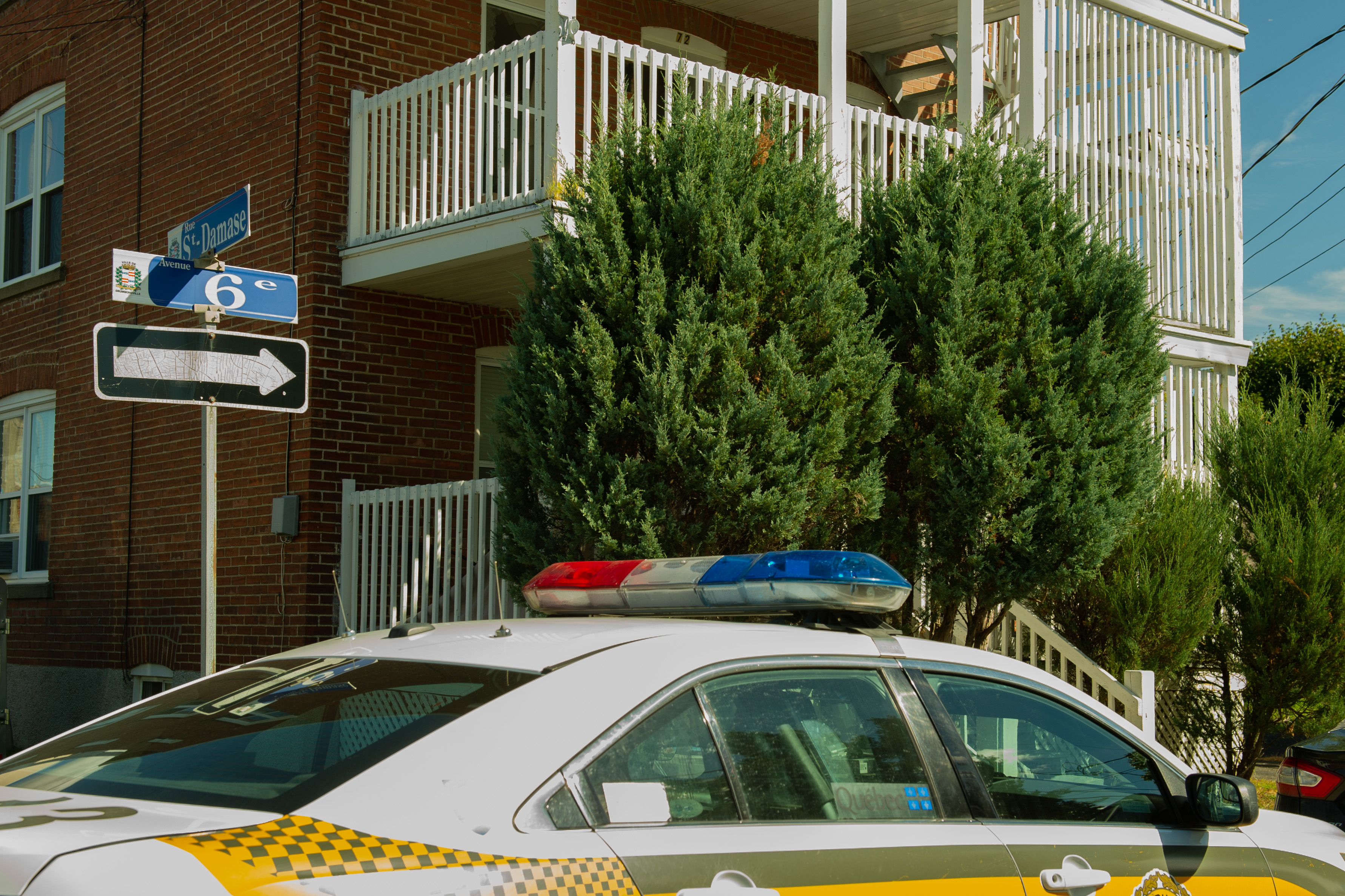 Une chicane mène les policiers à une perquisition