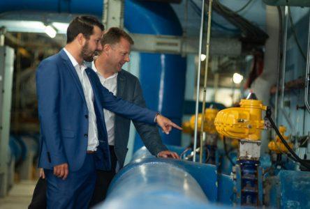 Août 2018 : la construction de la nouvelle usine d'eau potable sur les rails
