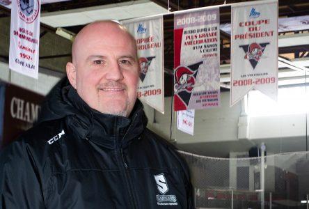 Hockey scolaire : Dominic Ricard au sein d'un comité indépendant