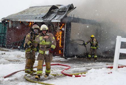 Un feu se déclare à Saint-Germain (mise à jour)