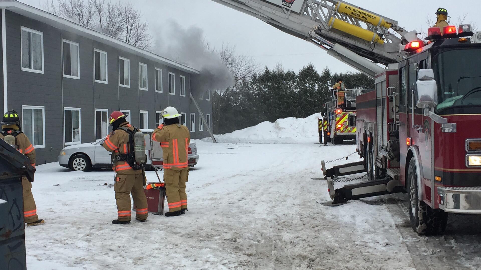 Incendie dans un appartement du boulevard Lemire (MISE À JOUR)