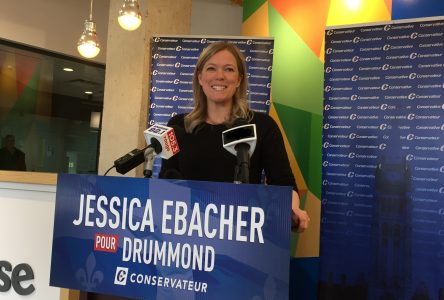 «Je veux rapprocher les gens de Drummond de la politique fédérale» – Jessica Ebacher