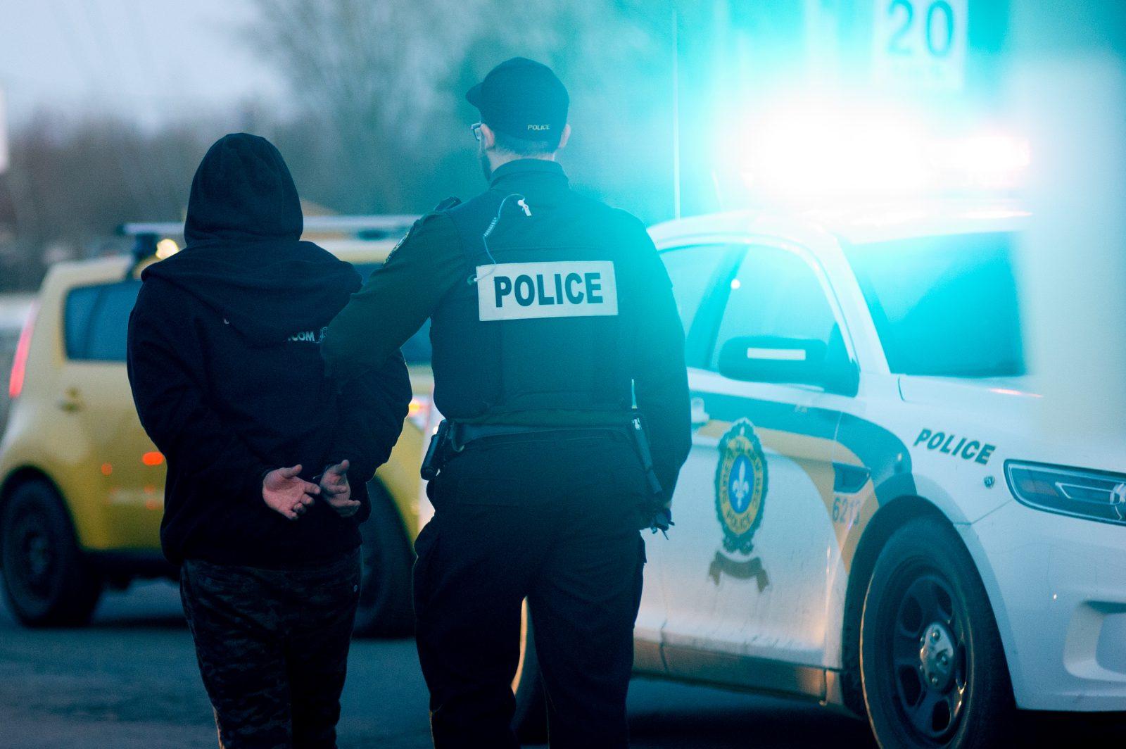 «On pensait que c'était un vrai fusil» – Les trois victimes