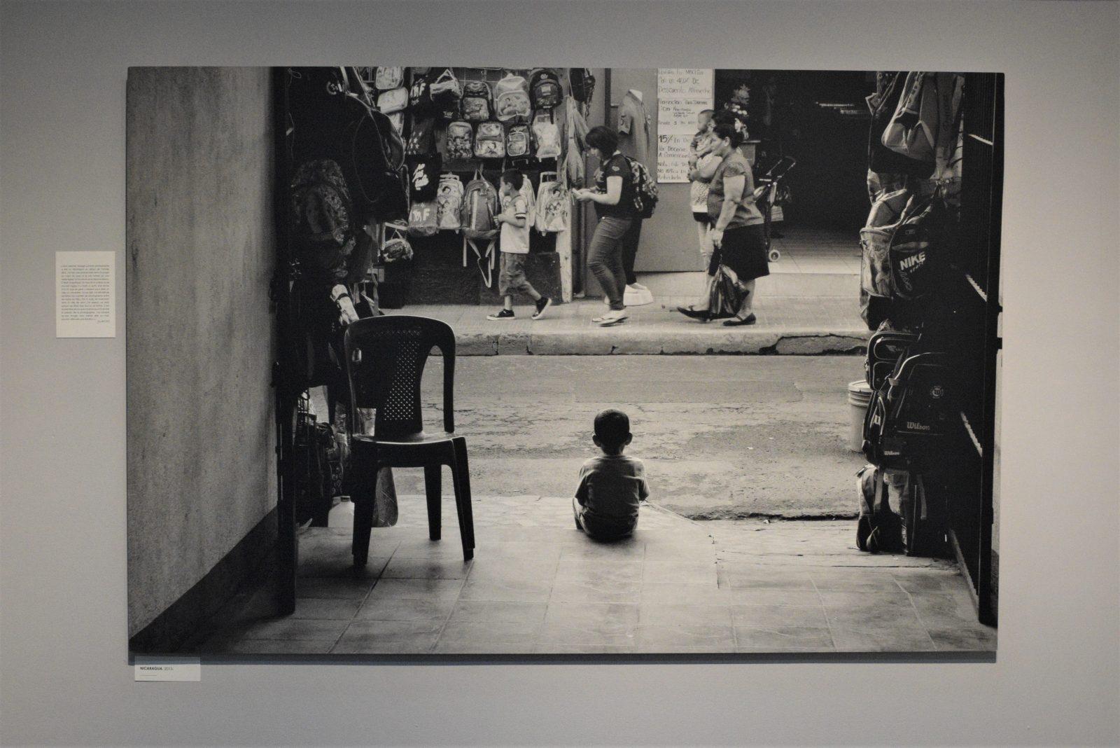 Samian, le photographe humanitaire au Musée national de la photographie.