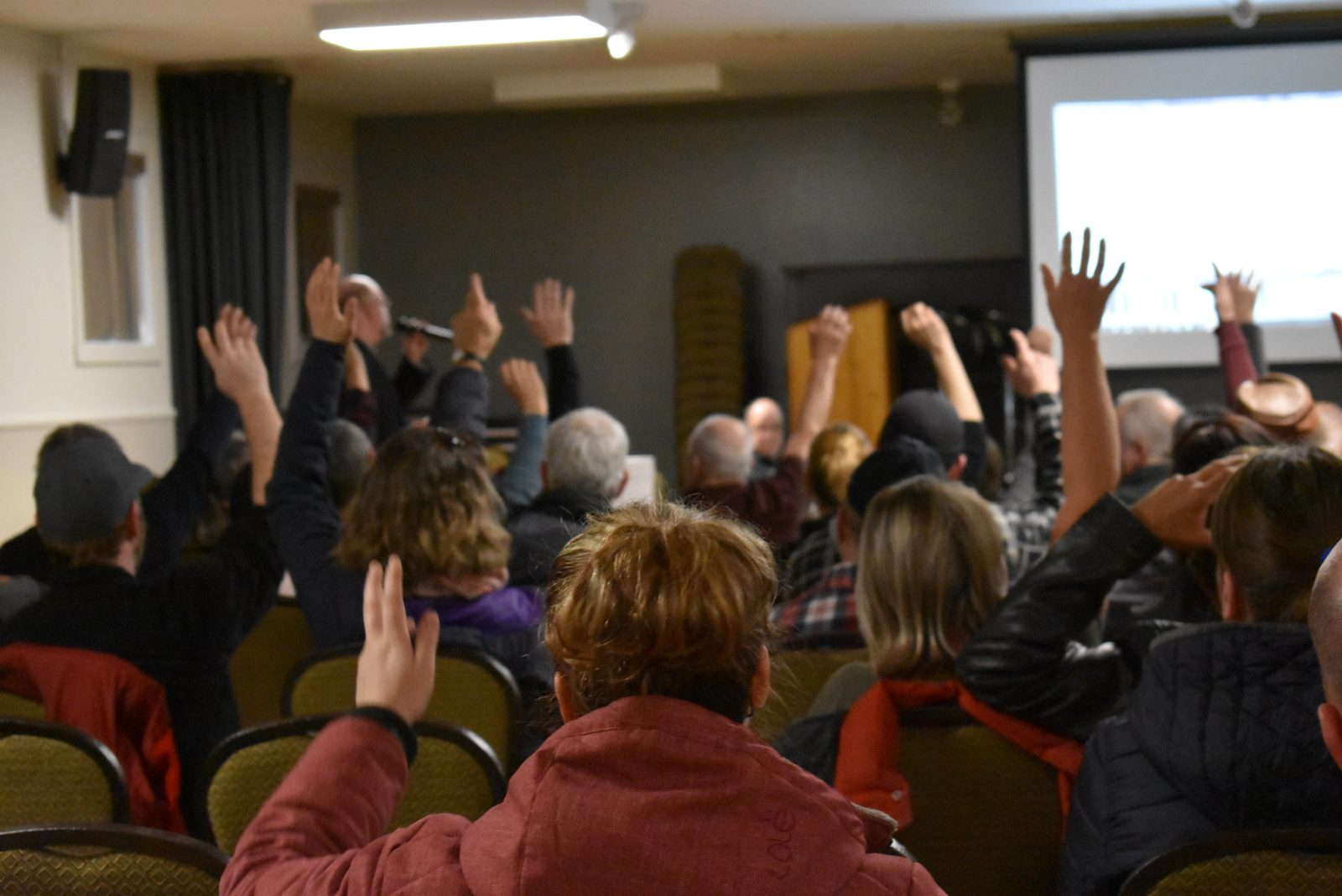 Municipalisation des chemins : les citoyens de Saint-Lucien consultés