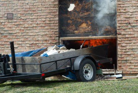 «En revenant de dîner, le feu était pris dans la maison» – Le propriétaire
