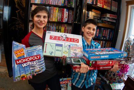 400 jeux de Monopoly et il en redemande