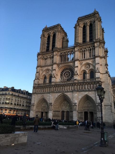 Notre-Dame-de-Paris: Alexandre Cusson se dit «bouleversé»