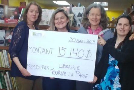 Vente de livres : l'APPAD reçoit 15 140 $