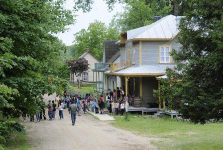 «Une belle journée pour le Village québécois d'antan» – Guy Bellehumeur