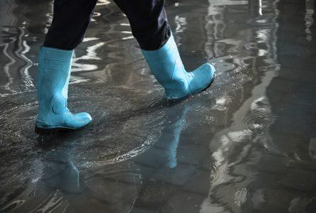Inondations : UV Mutuelle remet 20 000 $ à la Croix-Rouge
