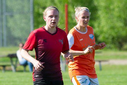 Soccer : un bon début de sprint pour les Dragons