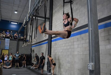 Plus de 160 athlètes se surpassent à la compétition de crossfit Mammouth Summer