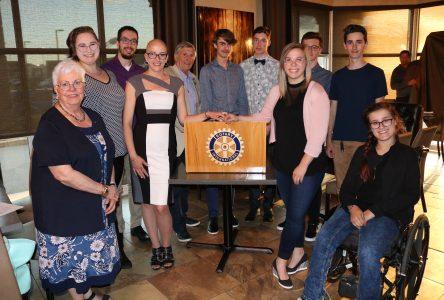 Le Club Rotary remet dix bourses Gilbert-Guérette à des élèves