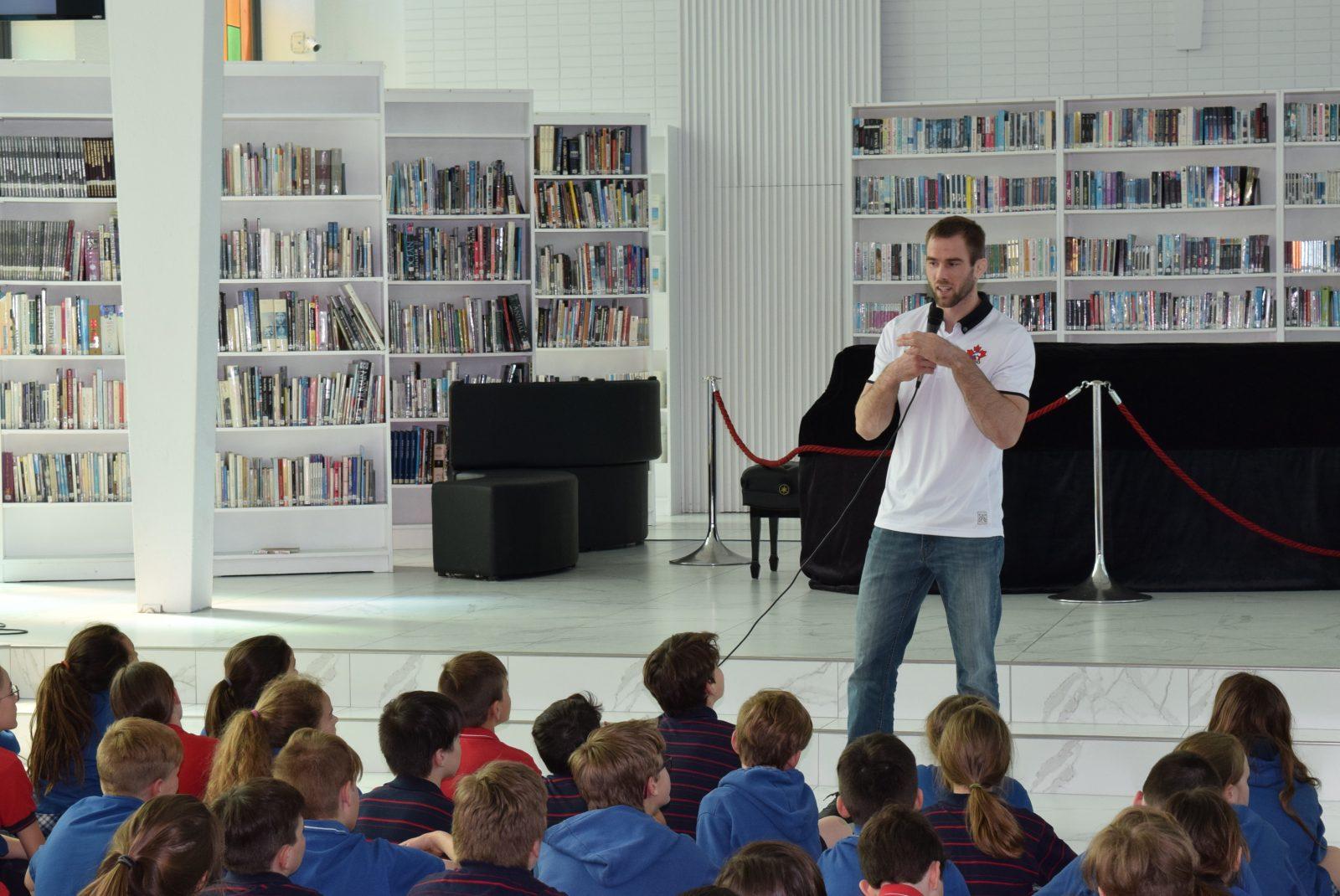 Antoine Valois-Fortier invite les jeunes à croire en leur potentiel