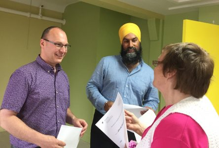 Jagmeet Singh réitère son engagement en santé à Drummondville