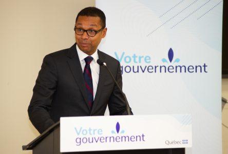 Le ministre Carmant annonce 40 M $ pour les organismes communautaires