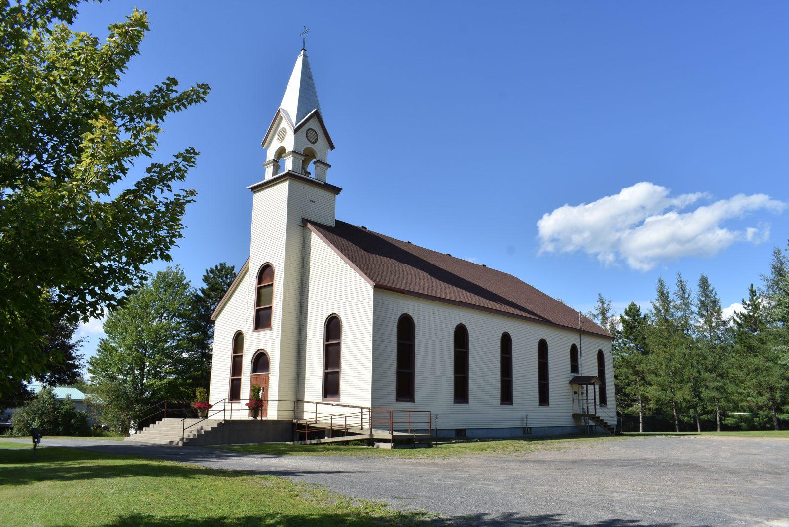 L'église de Saint-Lucien temporairement fermée