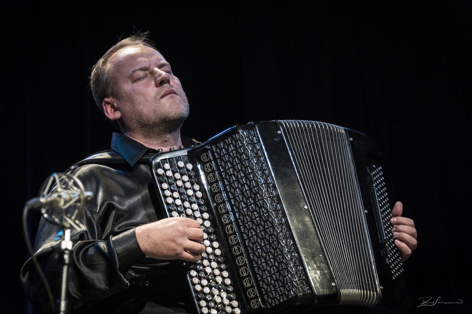 Découvrir le bayan avec Vladimir Sidorov